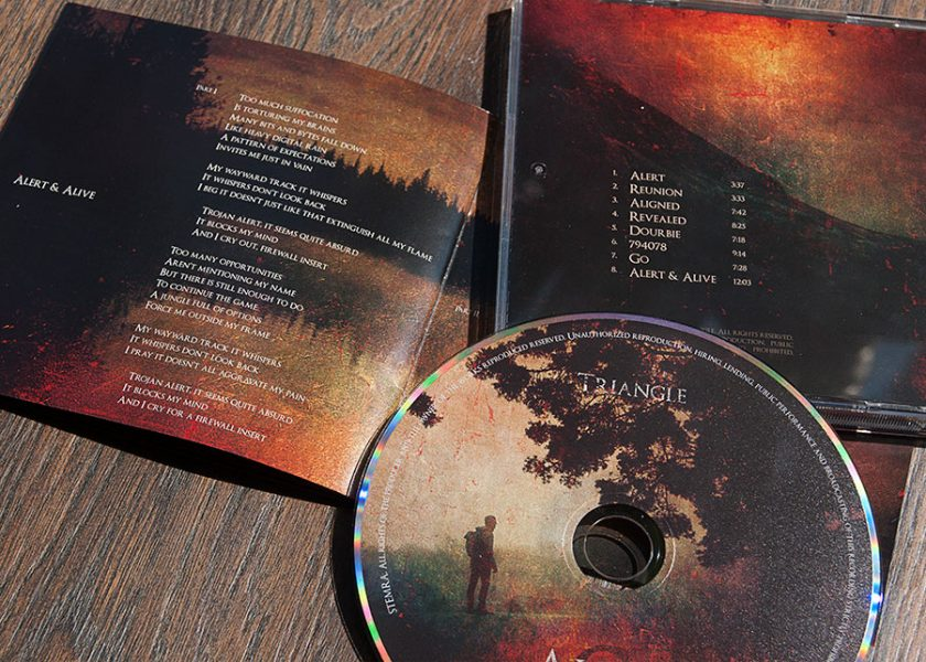 Triangle cd packaging